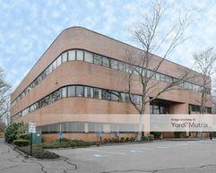 275 Turnpike Executive Park - Canton
