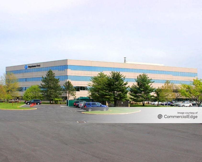 Airport Business Center - 200 Stevens Drive