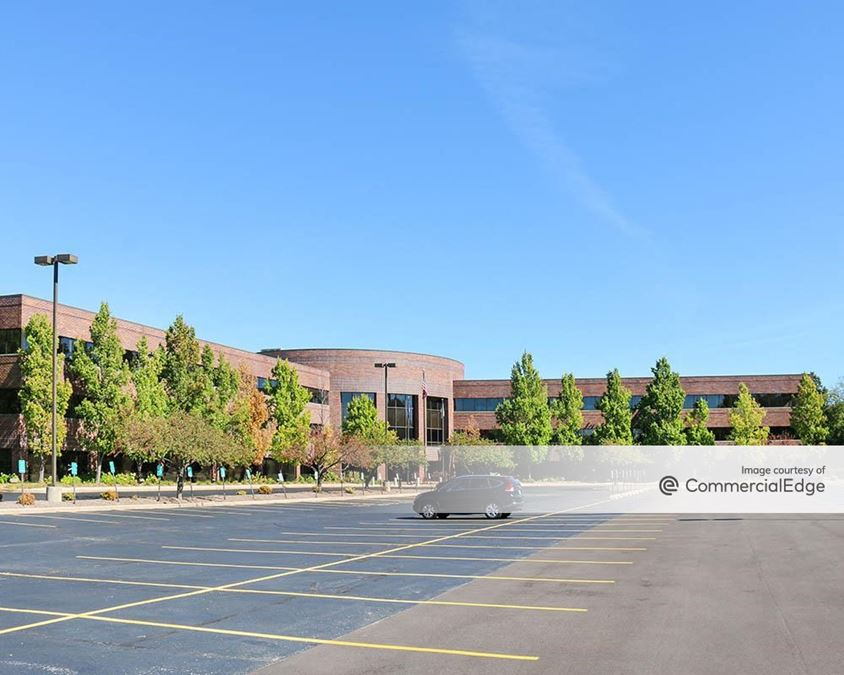 Brookfield Lakes Corporate Center - 18650 West Corporate Drive