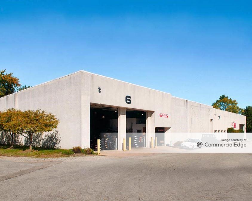 Holmes Corporate Center - 101 & 500 Pine Street