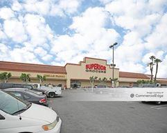 Huntington Park Shopping Center - Huntington Park