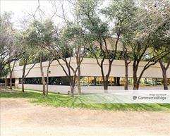 Hallmark Center I - Addison