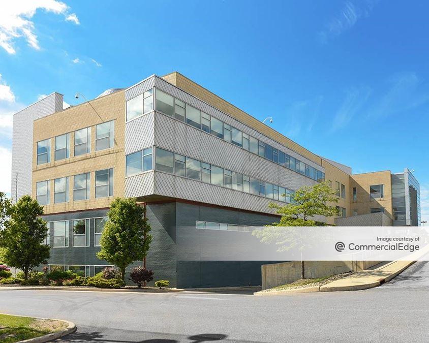 University Hospitals Chagrin Highlands Health Center
