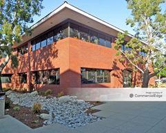 Centerstone Plaza - 4000 & 4010 Barranca Pkwy - Irvine