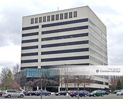 10 Woodbridge Center Drive - Woodbridge