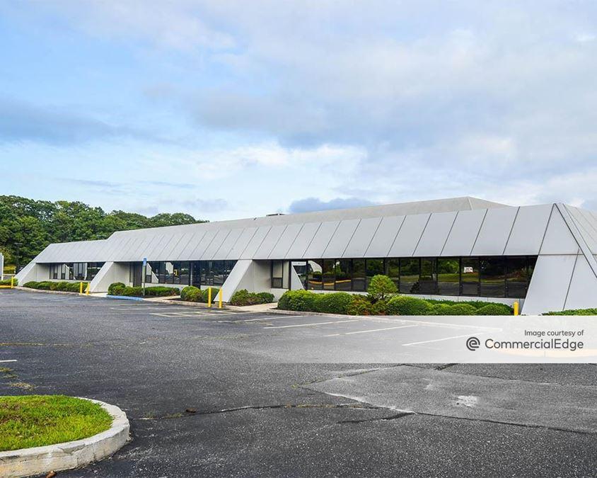 Matrix Corporate Park - 1373 Veterans Memorial Hwy