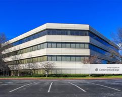 Great Northern Corporate Center I - North Olmsted