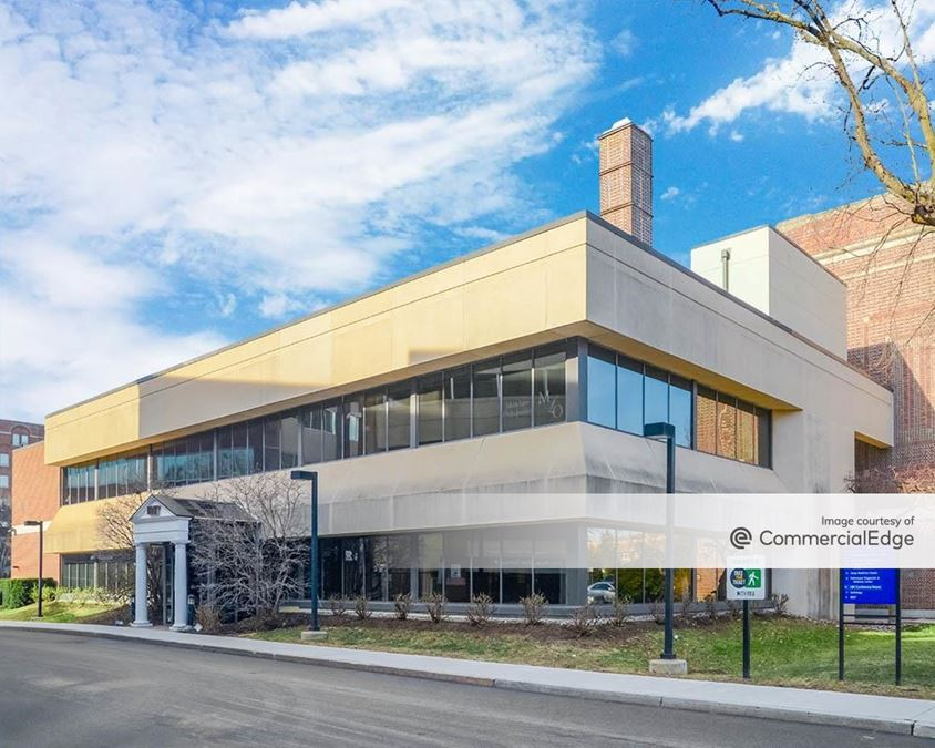 Main Line Health Bryn Mawr Hospital - 101 South Bryn Mawr Avenue