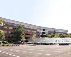 West Woods Business Park - 180 Admiral Cochrane Drive - Annapolis