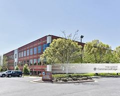 B/E Aerospace at 190 Oak Plaza - Winston-Salem