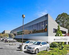 Garden Court Office Park - Monterey