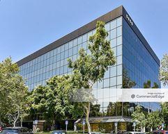 Warner Center Business Park - 5850 Canoga Avenue - Woodland Hills