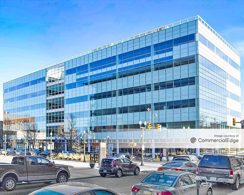 Butz Corporate Center - 840 West Hamilton Street