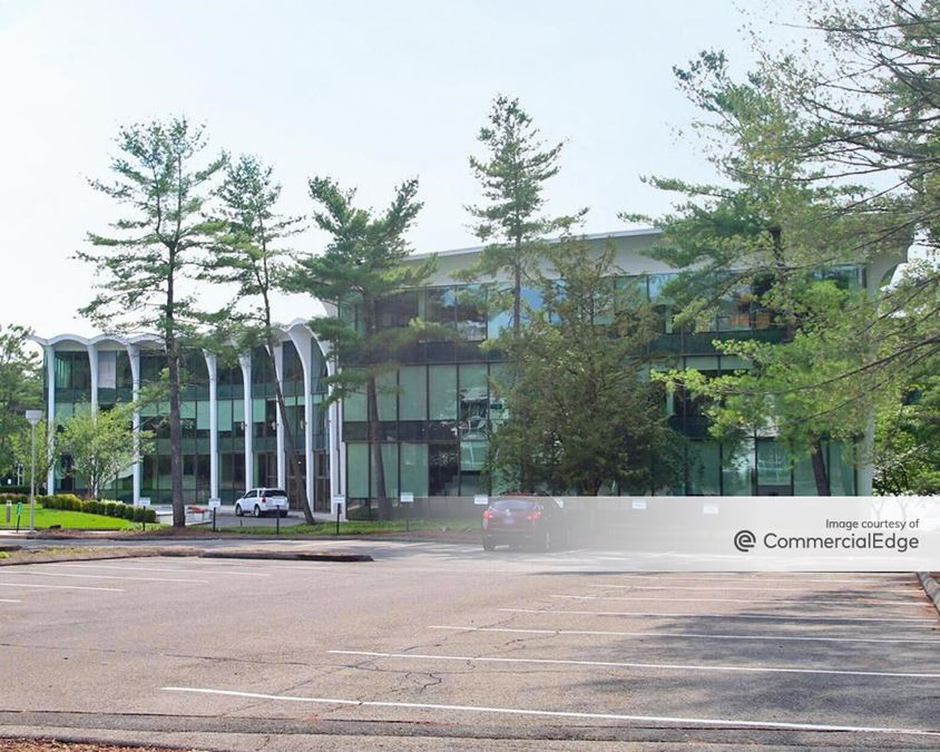 High Ridge Park Corporate Center - 4 High Ridge Park
