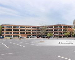 Bellevue Park Corporate Center - 300 Bellevue Pkwy - Wilmington