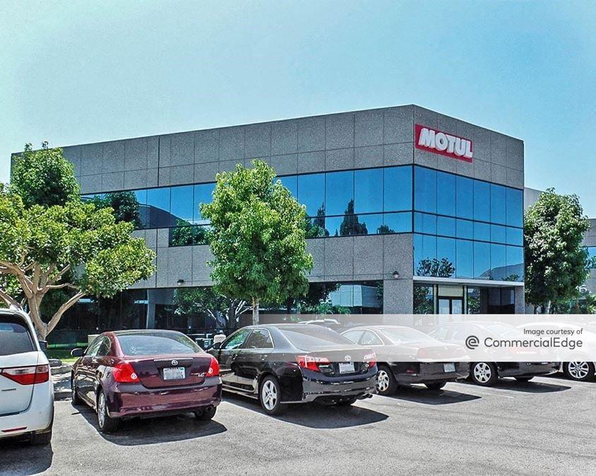 Cypress Pointe Office Park - 5836 Corporate Avenue