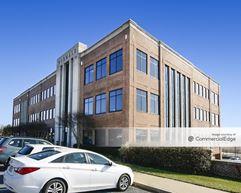 Westview Corporate Center - 5283 Corporate Drive - Frederick