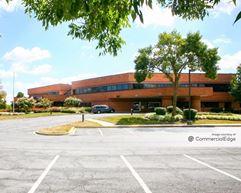 PNC Bank Building - 110 Thomas Johnson Drive - Frederick
