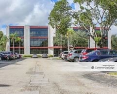 Corporate Pointe West - Deerfield Beach