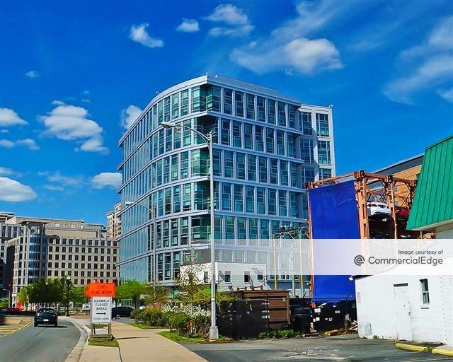 Liberty Center - 675 North Randolph Street