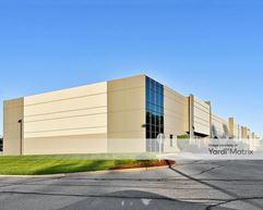 Gravois Bluffs Plaza - Commerce Center II - Fenton