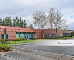 AmberGlen Business Center - Building 9225 - Beaverton