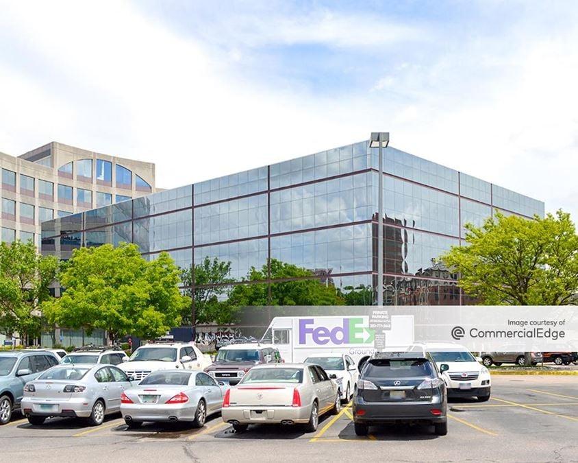 Centrum Healthcare Center