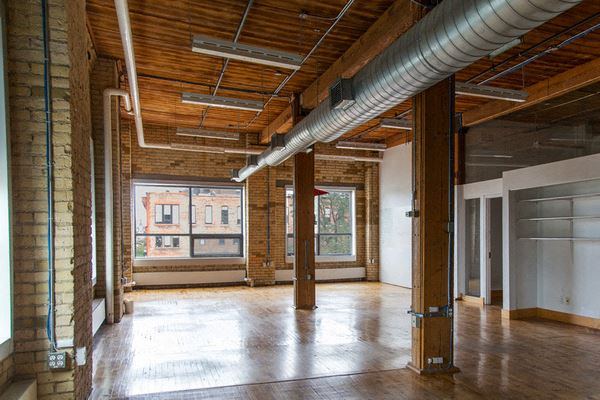 Office Freedom | 215 Spadina Avenue
