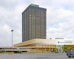 50 Penn Place - Oklahoma City