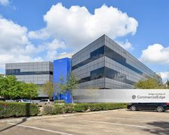 Steeplechase Corner Professional Building - Houston