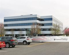 Laurel Corporate Center - 2000 & 4000 Midlantic Drive - Mount Laurel