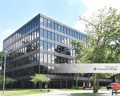 51 Corporate Woods - Overland Park