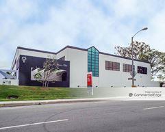 The Eureka Building - Irvine