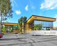 Newport Victoria Plaza - Costa Mesa