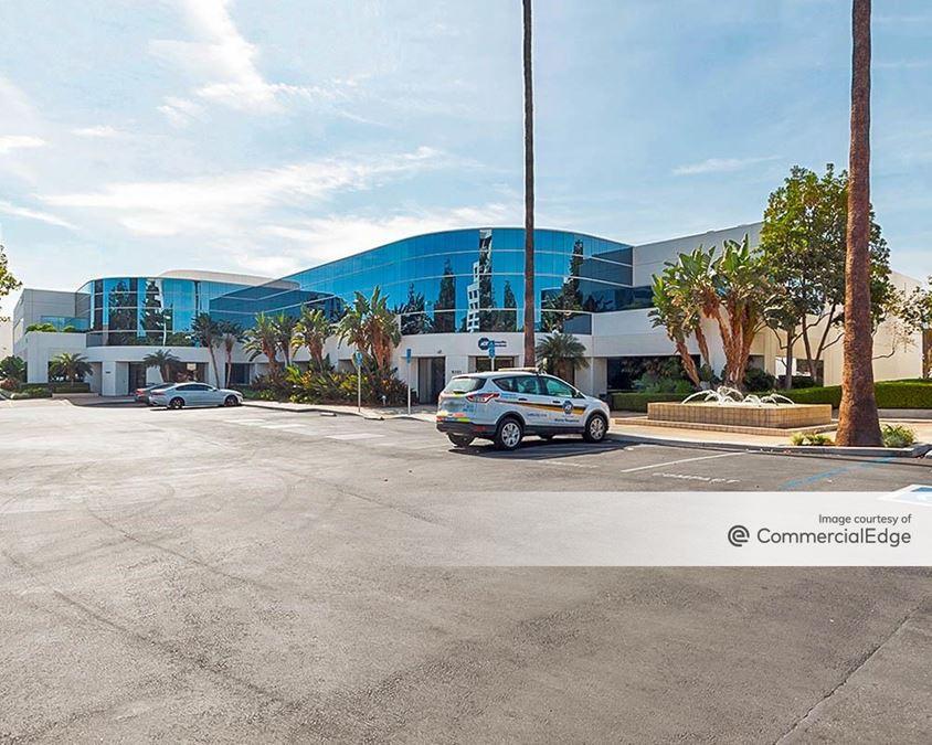 Chatsworth Business Park - 9201 Oakdale Avenue
