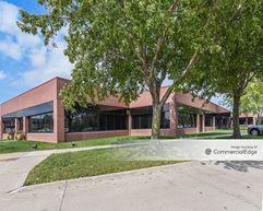 Country Club Office Plaza - Coronado Building - West Des Moines