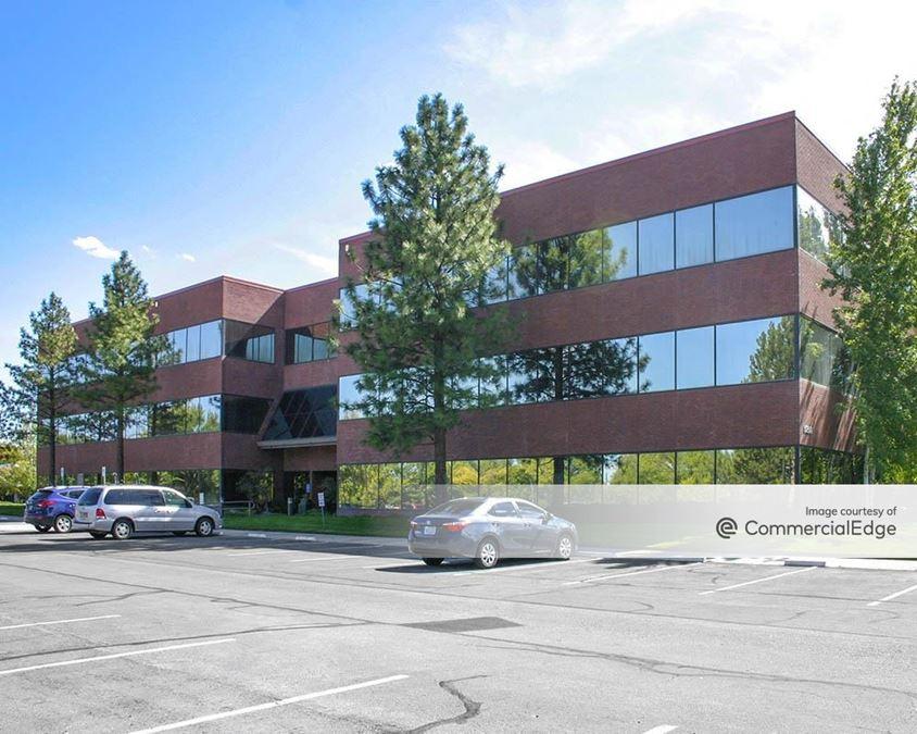 Meadow Wood Office Plaza - 5250 & 5270 Neil Road