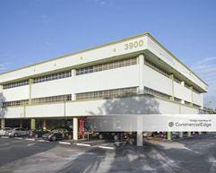 Metropolitan Professional Office Building - Lake Worth