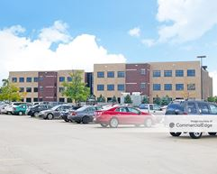 Paragon Office Park - 12421 Meredith Drive - Urbandale