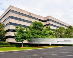 Meadow Brook Corporate Park - 500 Corporate Pkwy - Hoover
