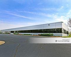 Lakeside Green Business Center & Carmel Corporate Four - Carmel