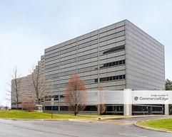 Fairlane Office Center - Dearborn