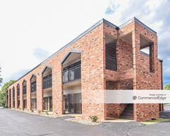 Park Village Office Complex - Urbandale
