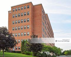 Courthouse Corporate Center - Central Islip