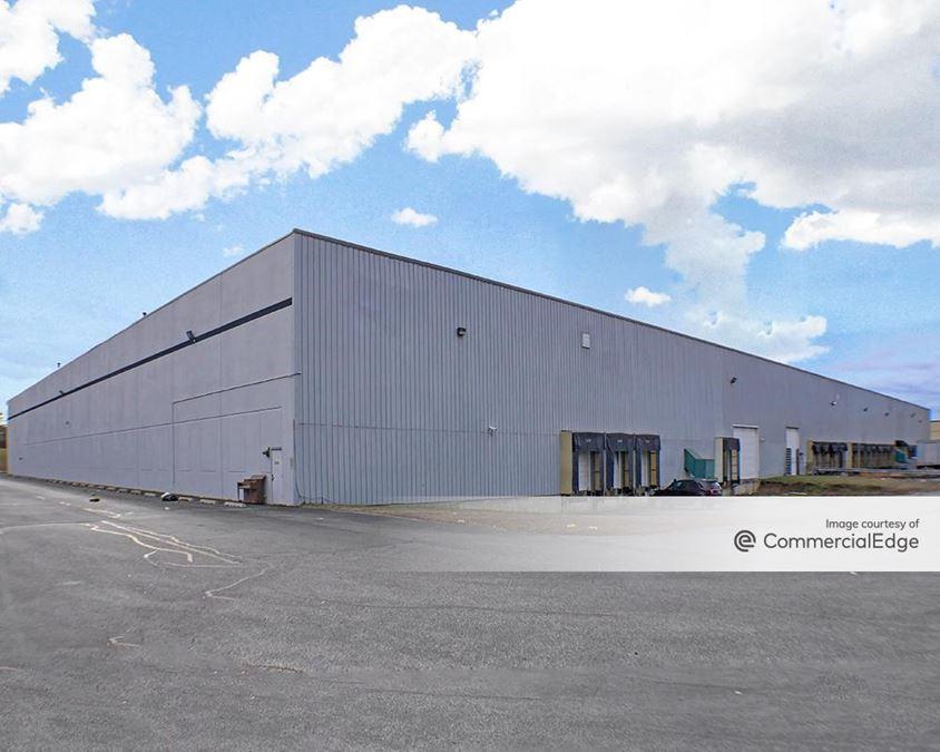 Kossow Warehouse Center