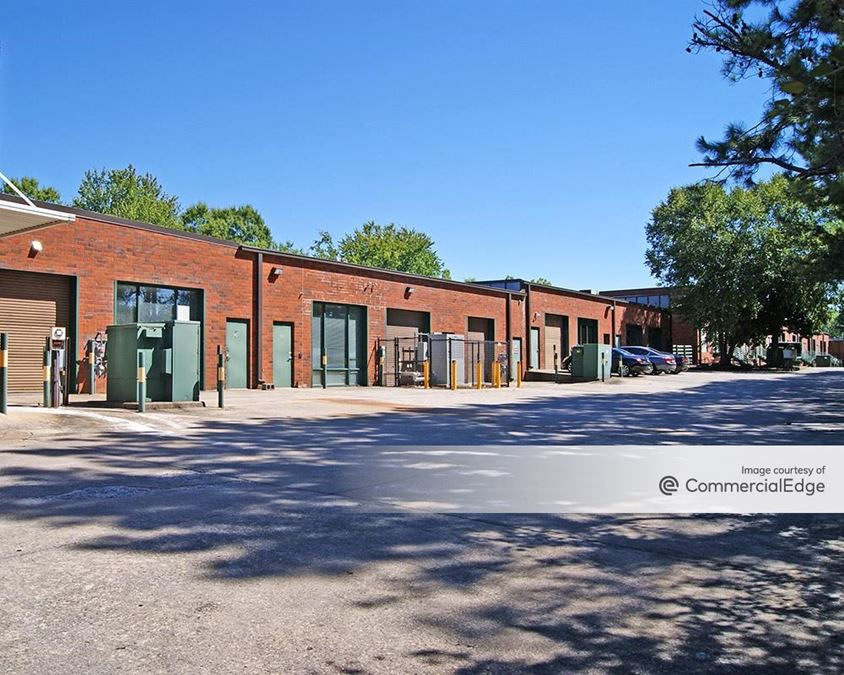Roswell Business Center