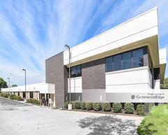 Royalwood Office Center - Omaha