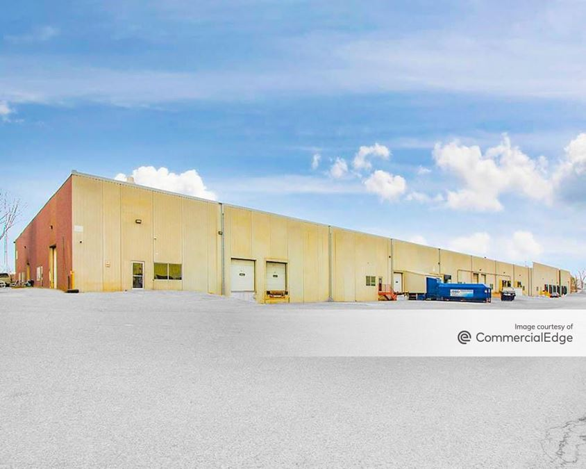 WOW Logistics Savage Distribution Center - 6363 & 6613 State Highway 13 West