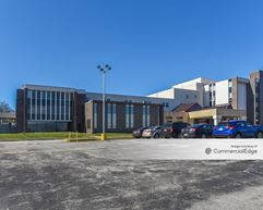 Broadway Professional Center - Youngstown