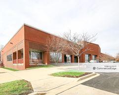 Gateway 270 - 22530 Gateway Center Drive - Clarksburg